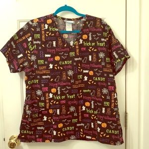 Fun XL Halloween 🎃 👻 scrub top